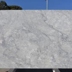 Super White - JDH1970717